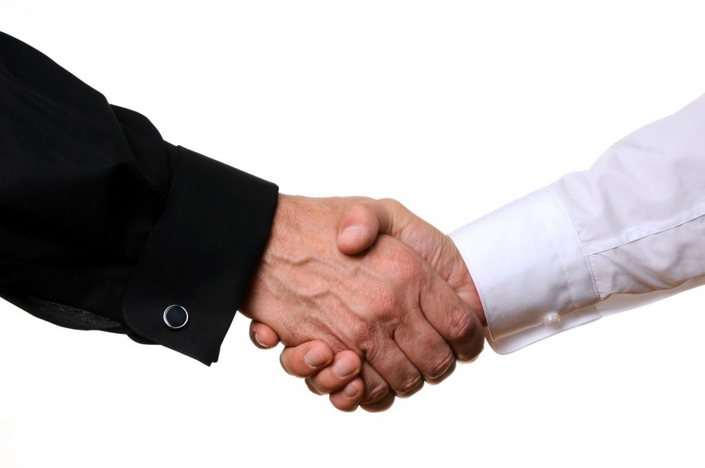 Hand schütteln einverstanden sein